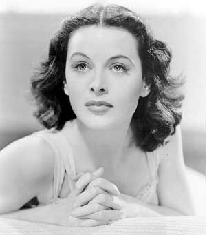 Photo en noir et blanc d'Hedy Lamarr. (crédit photo : Babelio)